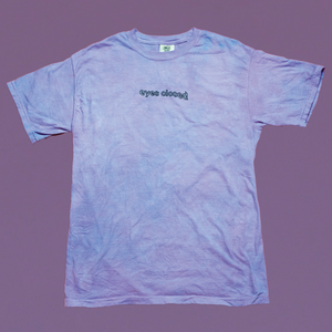 EYES CLOSED TEE