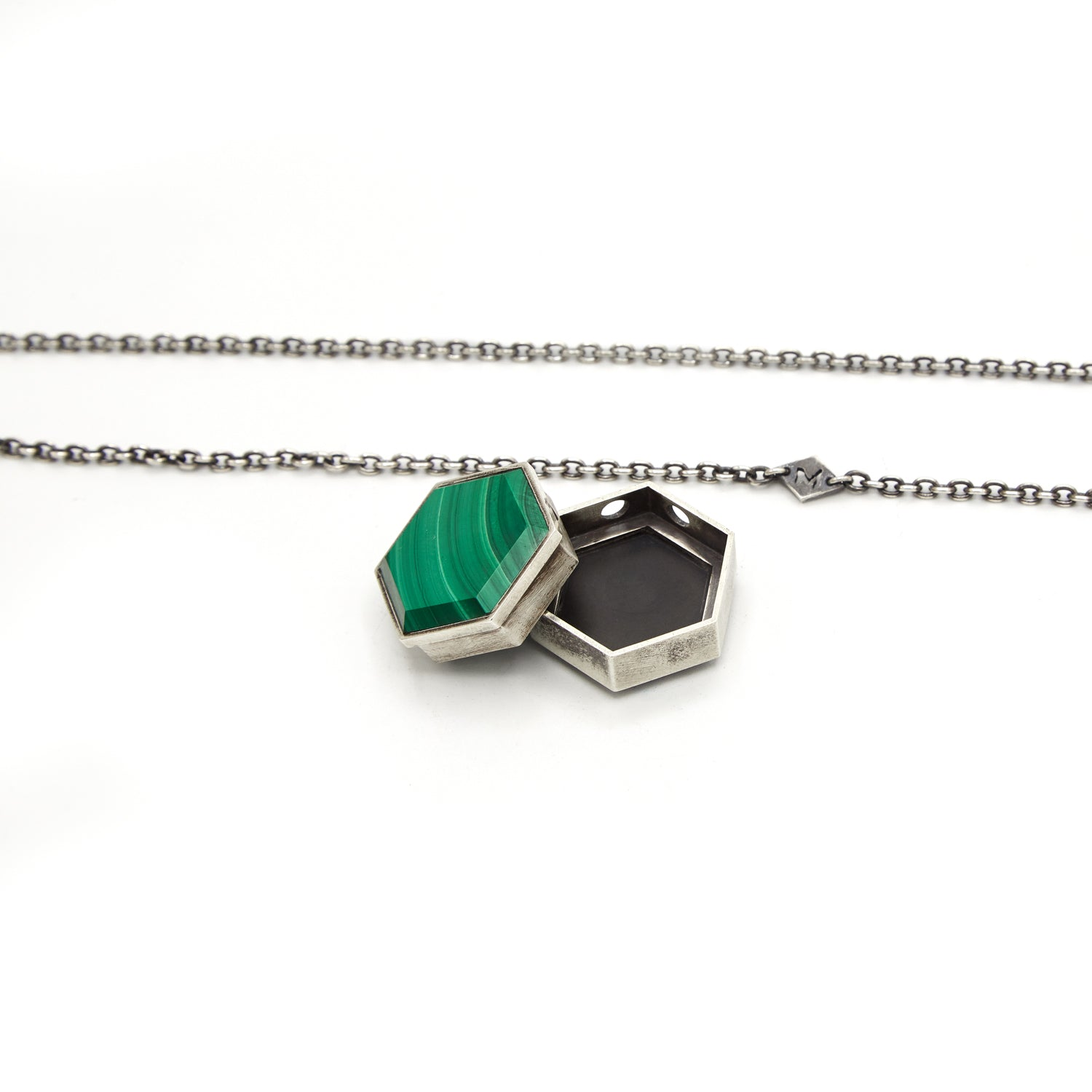 MALACHITE/BLACK ONYX LARGE HEXAGON GEO LOCKET