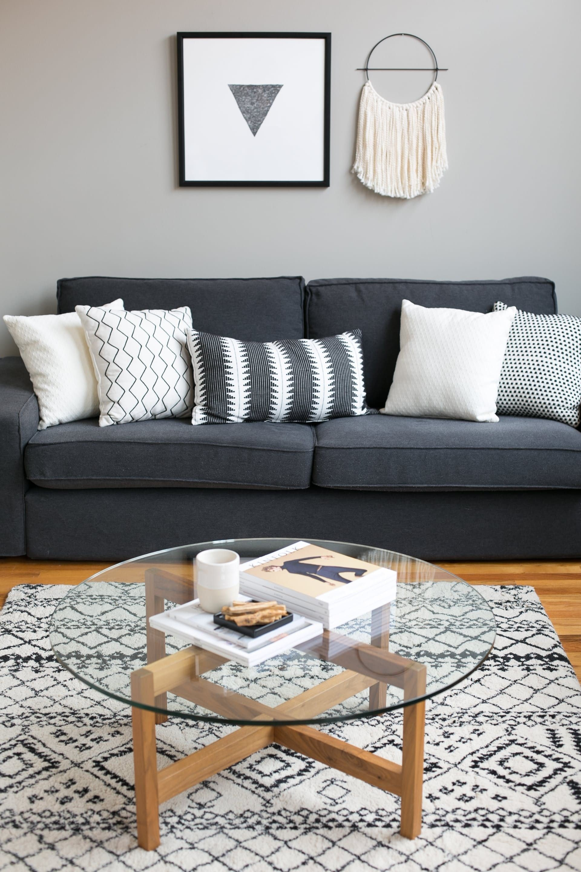 7 musthave accessories for the modern living room
