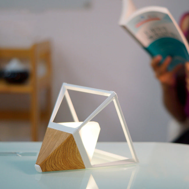 Minimalist Wireless Table Light
