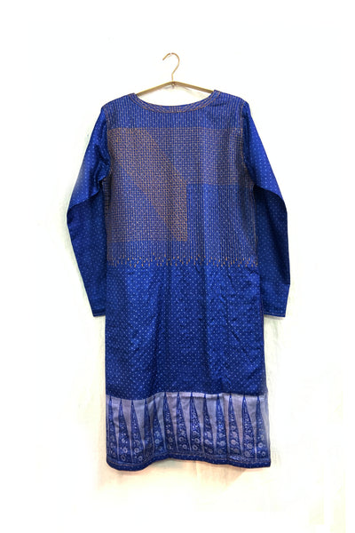 Quilted cape in  tassar