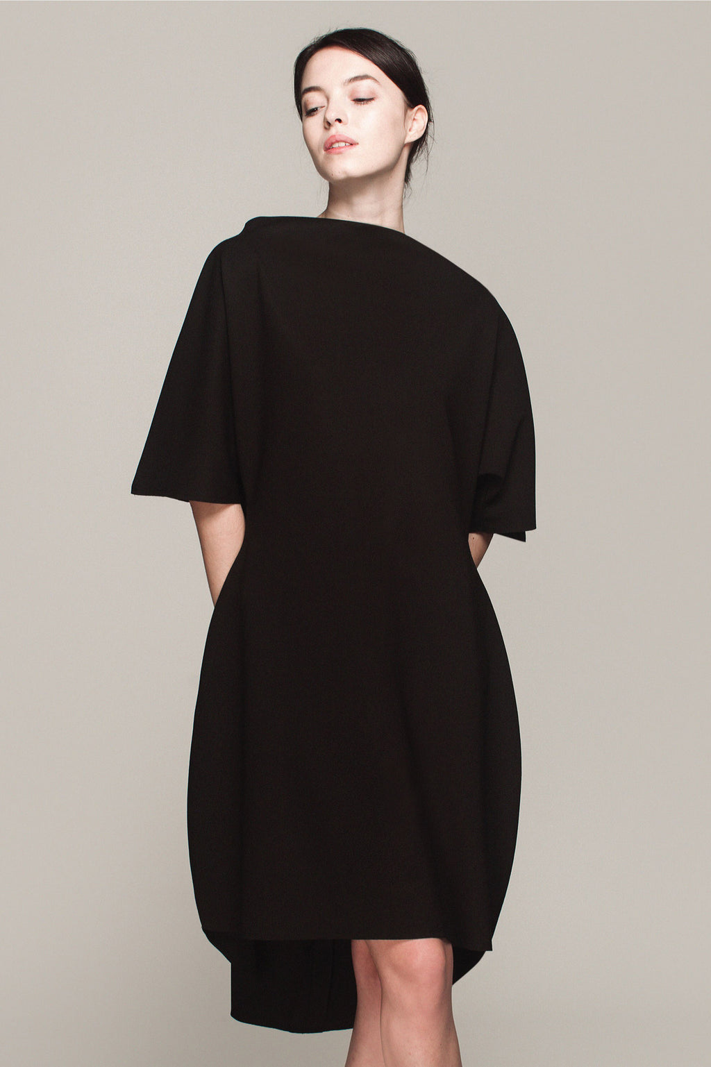 Araminta Dress In Black Punto