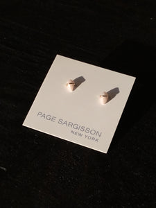 Page Sargisson Inc. 18Kt Gold Earring Extra Small Pink Opal Kite Stud
