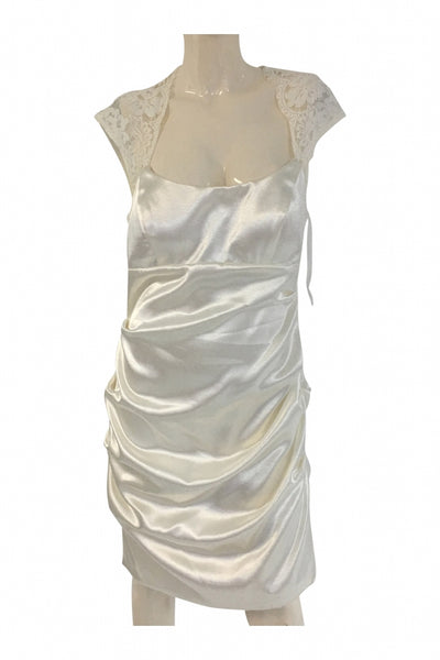 Xscape By Joanna Chen, Women's White Sleeveless Dress - Size: 14 (Regular)