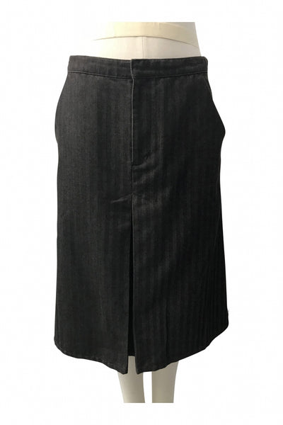 Gap, Women's Black Skirt - Size: 8 (Regular)