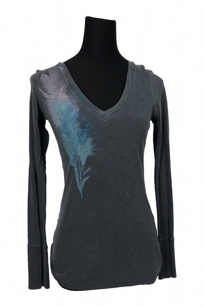 American Eagle Outfitters, Women's Grey And Blue V-neck Top - Size: M (Regular)