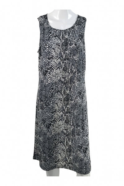 Effortless Style, Women's Black And Grey Dress - Size: M (Regular)