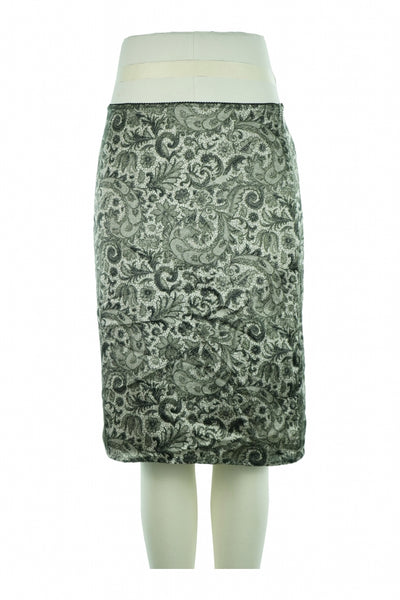 Liz Claiborne, Women's Gray And White Floral Skirt - Size: 6 (Regular)