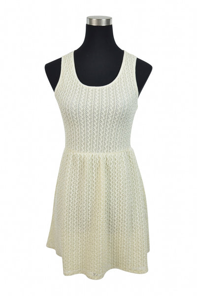 Y Generation, Women's White Scoop-neck Sleeveless Dress - Size: S (Regular)
