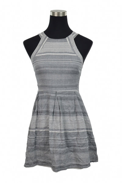 One Clothing, Women's Gray And White Striped Sleeveless Dress - Size: S (Regular)