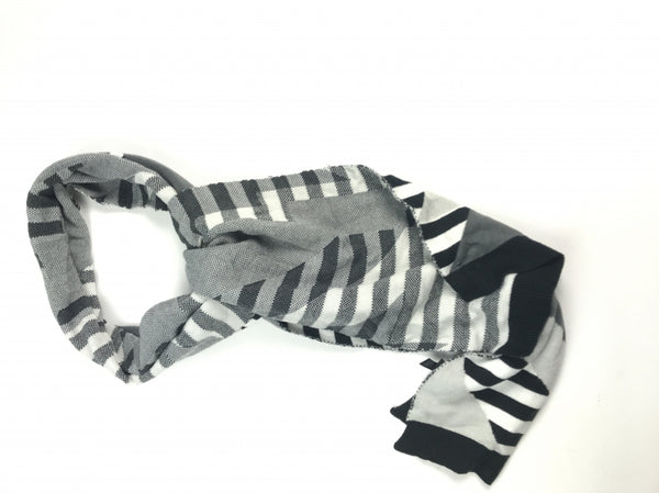 Tarnish, Women's Black And Grey Plaid Scarf - Size: One Size (Regular)