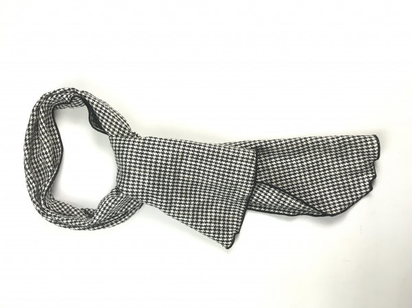 Unbranded, Women's Black And White Plaid Scarf - Size: One Size (Regular)