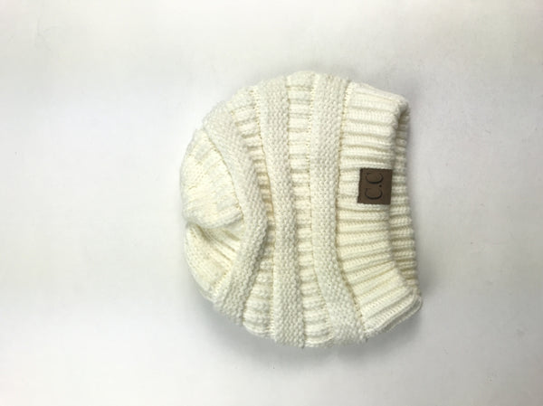 Unbranded, Women's Off White Beanie Hat - Size: One Size (Regular)