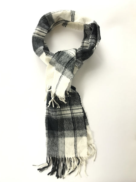 Unbranded Accessories, Women's White And Black Plaid Scarf - Size: One Size (Regular)