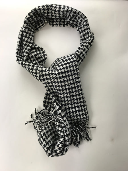Unbranded, Women's Black And White Houndstooth Scarf - Size: One Size (Regular)