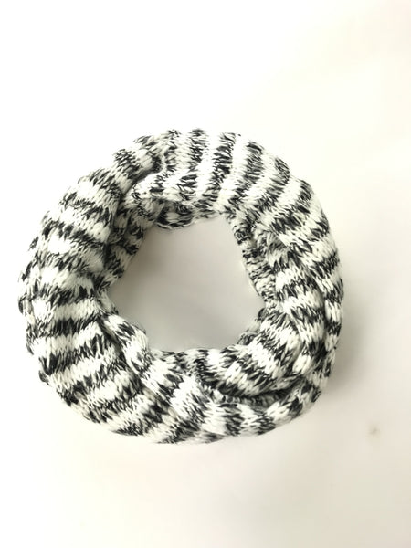 Unbranded, Women's White And Black Scarf - Size: One Size (Regular)