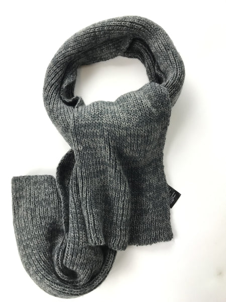 H & M, Women's Grey Knitted Scarf - Size: One Size (Regular)