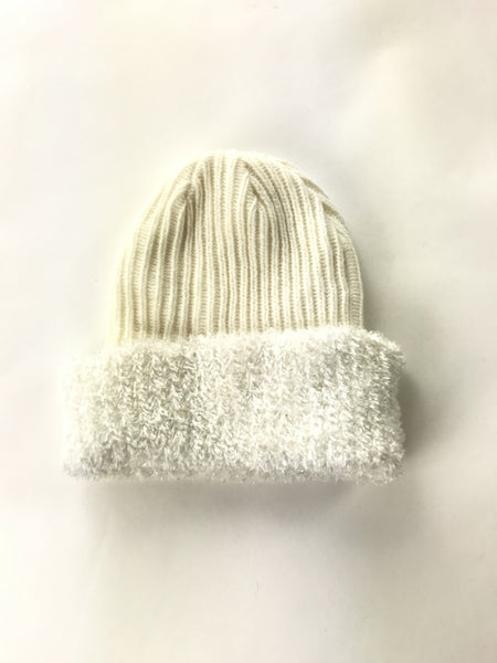 Unbranded Accessories, Women's Beige And White Knitted Beanei Cap - Size: One Size (Regular)