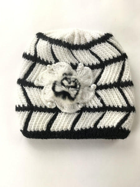 Unbranded Accessories, Women's White And Black Knitted Beanie Hat - Size: One Size (Regular)