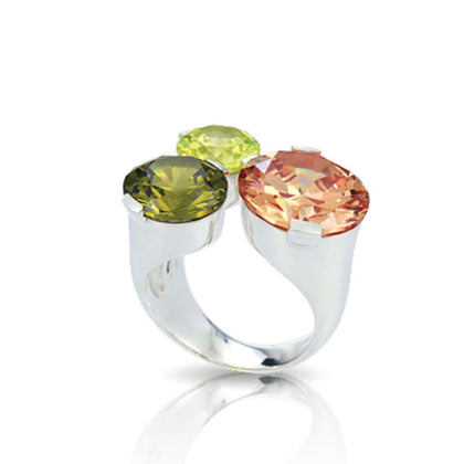Tres Chic Ring