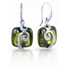 Load image into Gallery viewer, Vigne Earrings