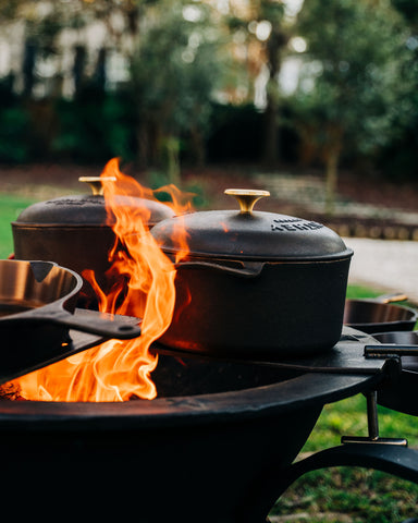 Smithey Dutch Oven Sea Island Forge Kettle