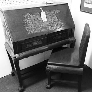 VINTAGE BEAUREAU WRITTING DESK & CHAIR