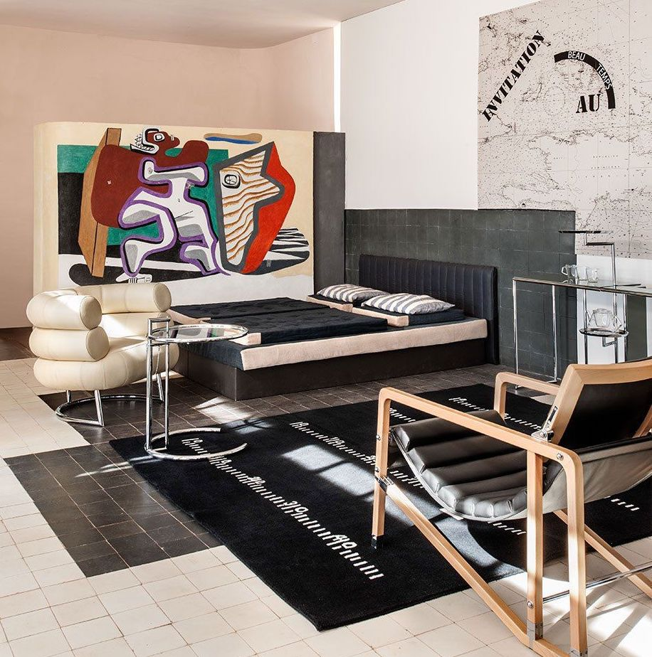 E-1027 interior - The drawing room, painting by Le Corbusier in April 1938, a reconstitution of the maritime chart. Furniture and carpets by Eileen Gray (reproduced and donated by Aram Designs)