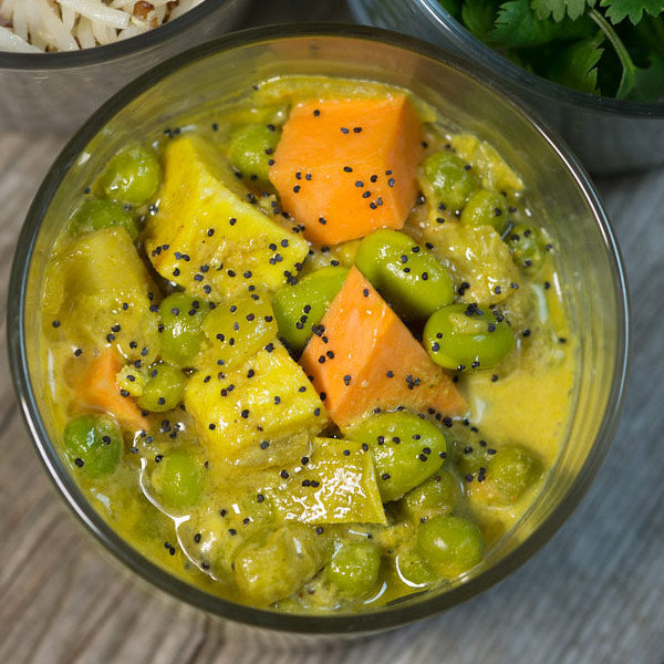 Curry de Paneer, Pois et Edamames