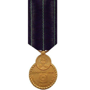NAVY MINIATURE MEDAL: EXPERT RIFLE