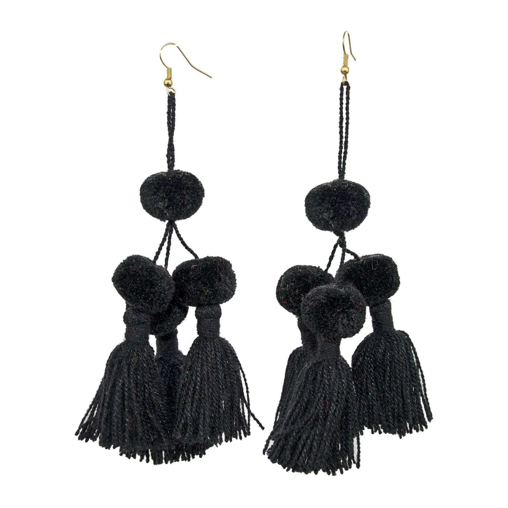 Camello Earrings in Black