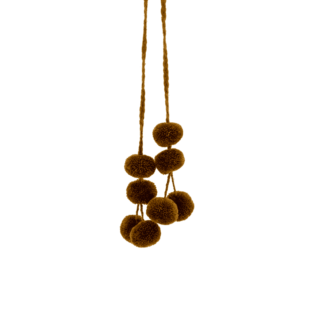 Cusco Pom Strand in Chocolate - Josephine Alexander Collective