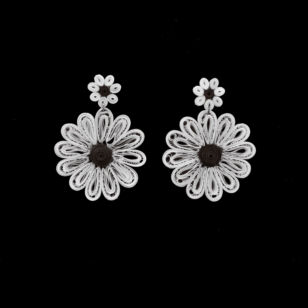 Daisy Flower Earrings - Josephine Alexander Collective