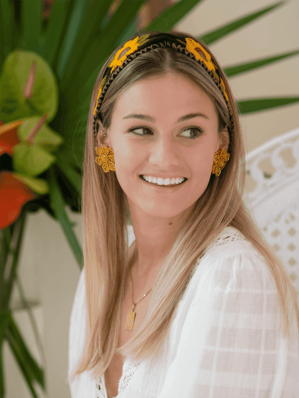 Cinched Headband in Black Sunflowers - Josephine Alexander Collective