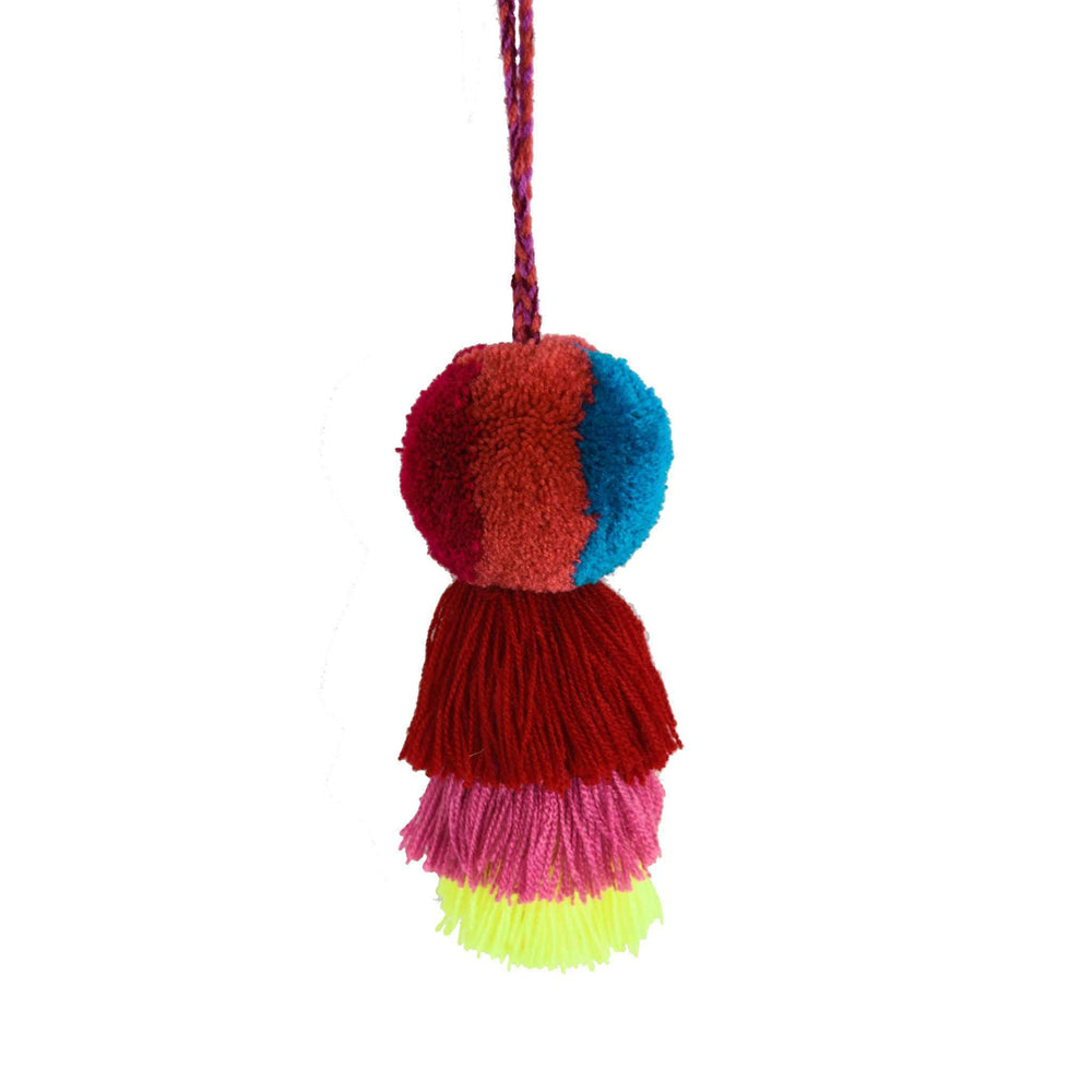 Medium Pom Tassel in Magenta