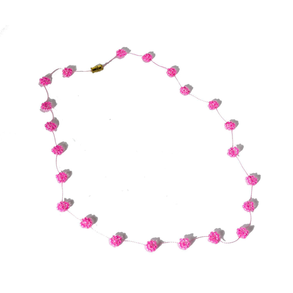 Daisy Chain Necklace in Rosa