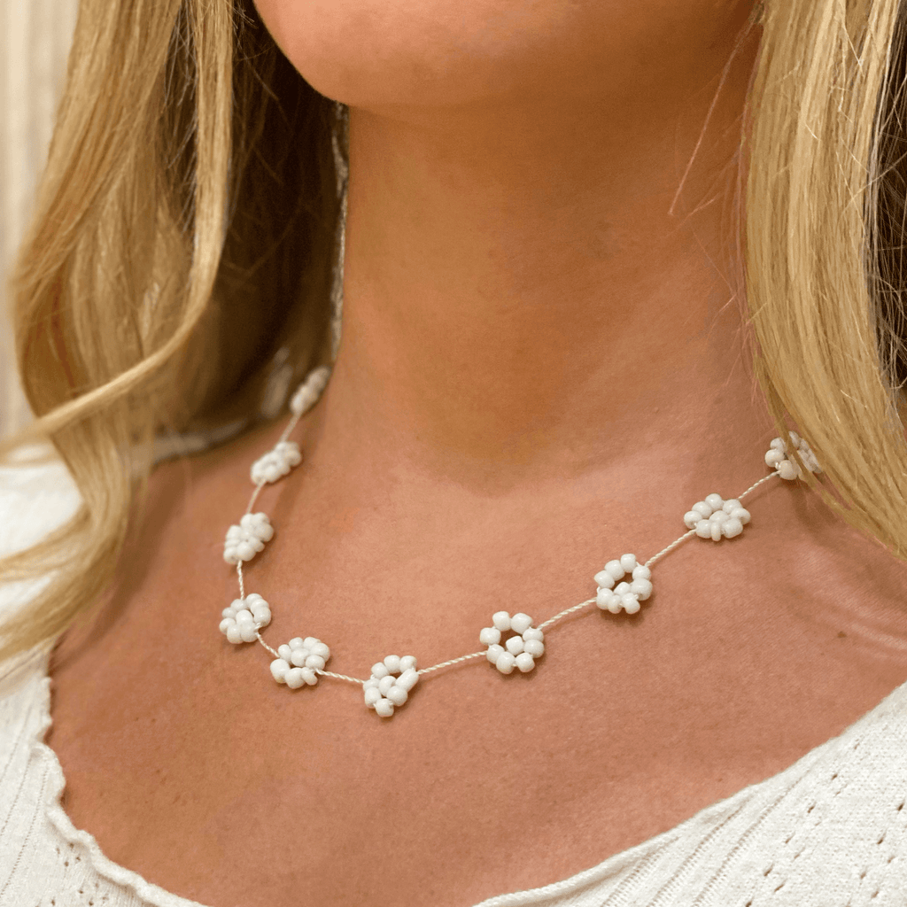 Large Daisy Chain Necklace White - Josephine Alexander Collective