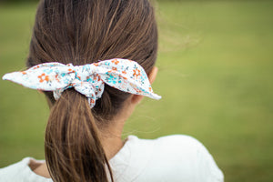 floral scrunchies, white blue scrunchies, Arthur weasley tie, floral wedding ties, matching scrunchies and tie, orange and blue floral
