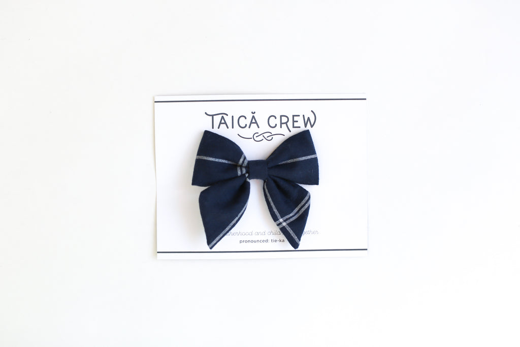 navy-blue and white window pane hairbow, navy blue alligator clip hair bow, tieka crew,