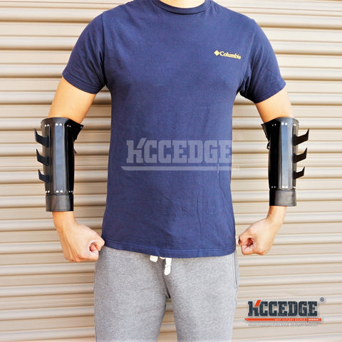 BATMAN DARK KNIGHT Gauntlets ONE PAIR Martial Arts Leather Arm Cuff with Metal Spikes Gloves