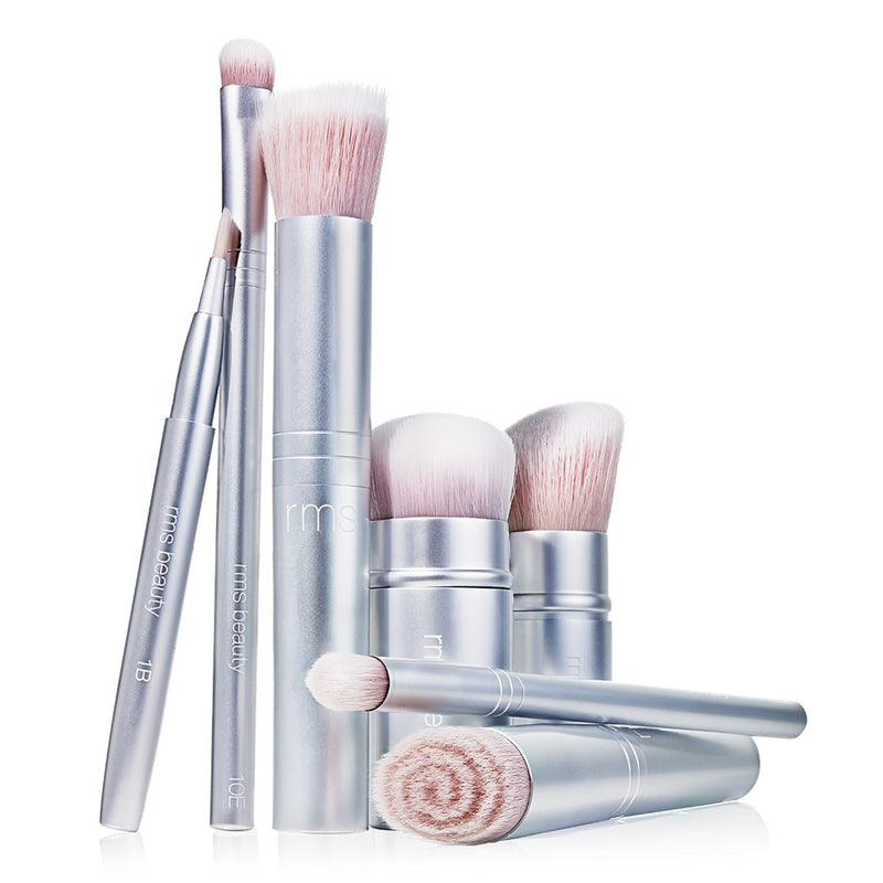 RMS Beauty Kabuki Polisher Exclusive Beauty Club Makeup Brush