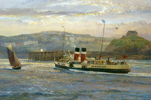 The Waverley paddle steamer entering Ilfracombe harbour