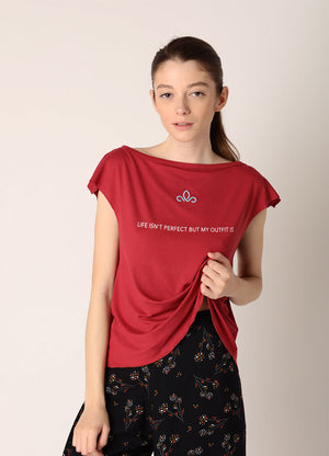 Bluza Life isn't perfect but my outfit is - Carmine - Azuroo Activewear