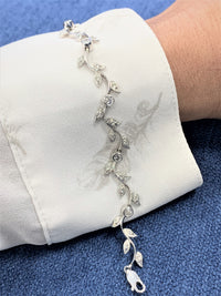 Grape Vine Diamond Bracelet (1.09 ct Diamonds) in White Gold