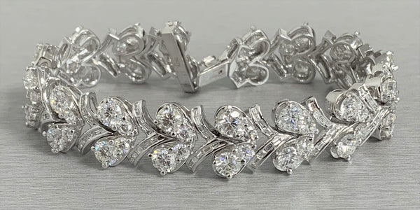 Grapevine Diamond Bracelet (16.81 ct Diamonds) in White Gold