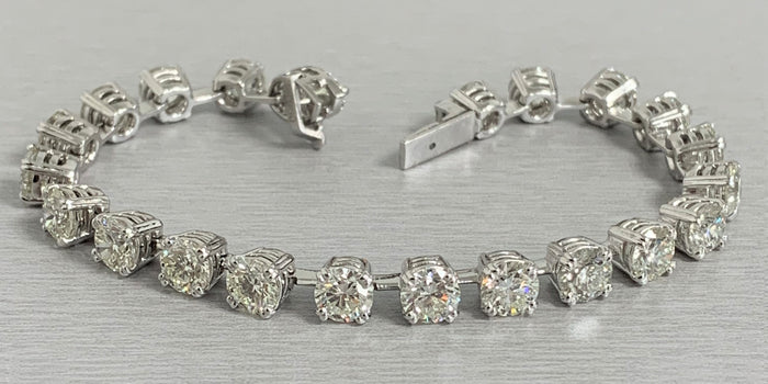 Round Diamond Tennis Bracelet (15.95 ct Diamonds) in Platinum