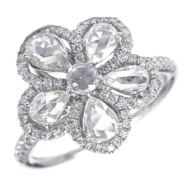 The Flower Ring (1.06 ct)