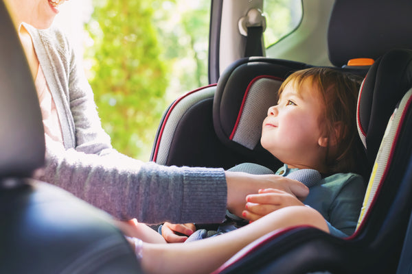7 Top-Rated Car Seats For Your Child [Car Seat Safety Tips]