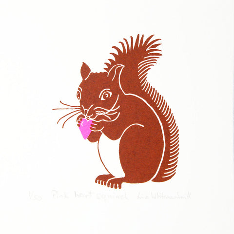 Brown squirrel clutching a pink heart