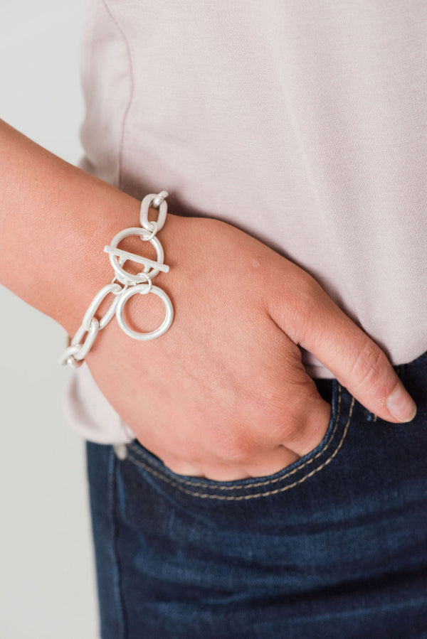 Chain Link Bracelet W Toggle Clasp